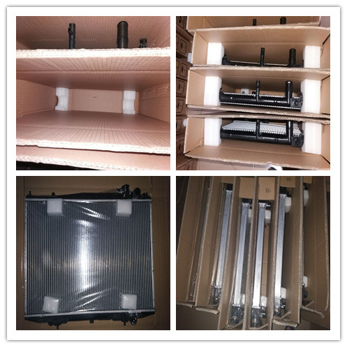 Silver Color Classic Car Radiators , Custom Aluminum Radiators For Classic Cars